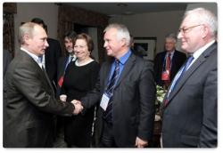 Встреча Председателя Правительства РФ Владимира Путина с членами международного дискуссионного клуба «Валдай» 11 ноября 2011 г. Стенограмма начала встречи